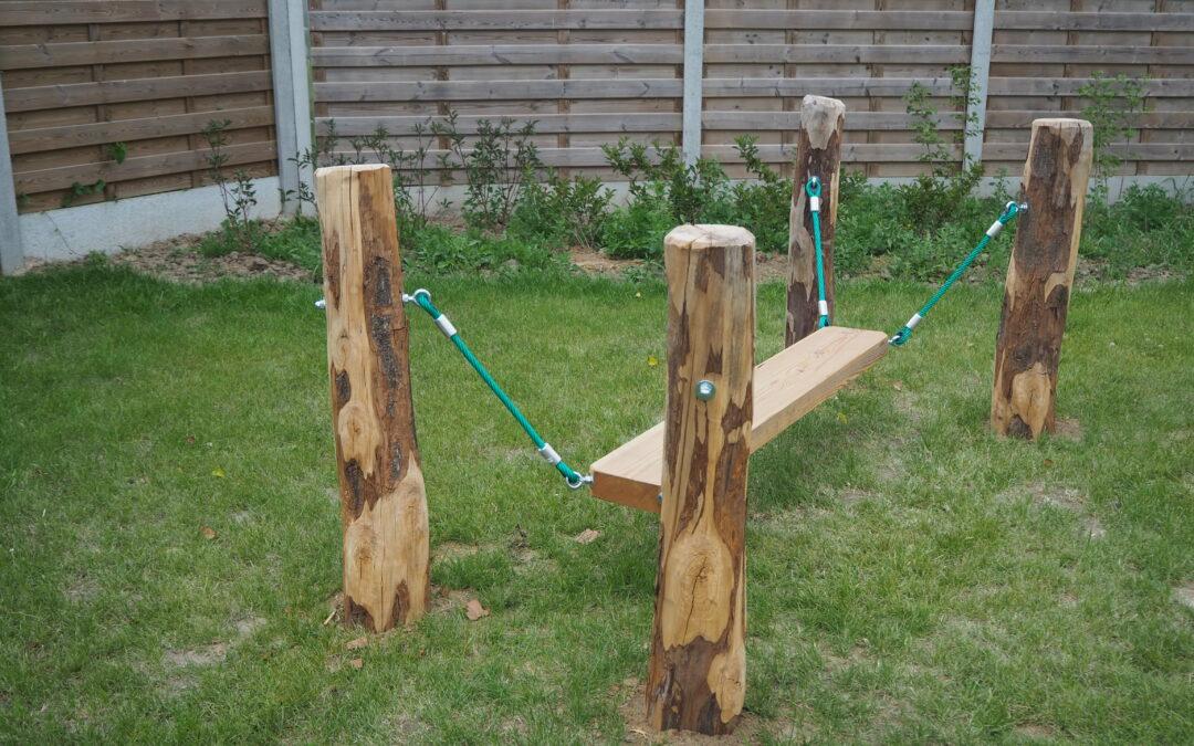 Bomen voor speeltoestellen in Wevelgem